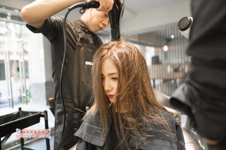 髮型吹整、結構式護髮、夏森沙龍